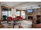 共管式独立产权公寓 for  sales at Top of the Village Aspen Trails 109 855 Carriage Way Aspen Trails #109 Snowmass Village, 科罗拉多州 81615 美国