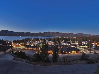 Villa for sales at 40643 Ironwood  Big Bear Lake, California 92315 Stati Uniti