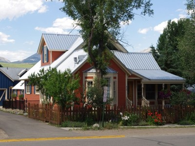Maison unifamiliale for sales at 313 Maroon Avenue  Crested Butte, Colorado 81224 États-Unis