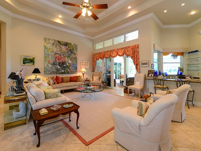 Nhà ở một gia đình for sales at Expansive Golf Course Property at Ocean Reef 10 Country Club Road Key Largo, Florida 33037 Hoa Kỳ
