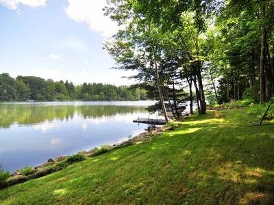 独户住宅 for sales at Classic Design with Excellent Frontage 193 West Hyerdale Dr. Goshen, 康涅狄格州 06756 美国