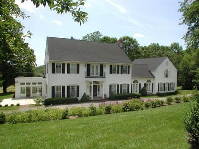 Maison unifamiliale for sales at Bauernhof Farm 179 Allyn Road Goshen, Connecticut 06756 États-Unis