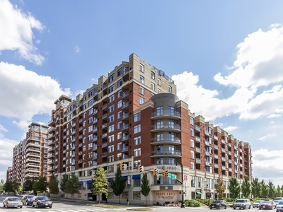 Condominium for sales at The Eclipse 3650 Glebe Road S 154 Arlington, Virginia 22202 United States