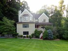 Einfamilienhaus for  sales at Pristine Contemporary Colonial 32 Elena Drive   Cortlandt Manor, New York 10567 Vereinigte Staaten