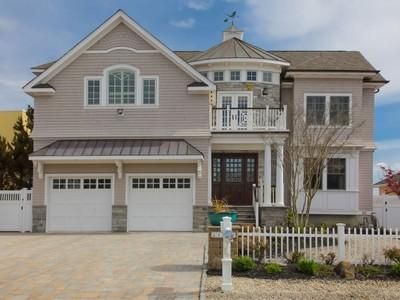 단독 가정 주택 for sales at Custom Bayfront Home 1860 Boat Point Dr Point Pleasant, 뉴저지 08742 미국