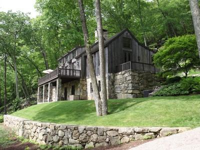 Casa Unifamiliar for sales at Stunning Barn Style Estate 35 Findlay Road Washington, Connecticut 06777 Estados Unidos