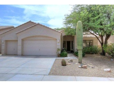 Villa for sales at Fabulous Remodeled Home in Perfect Scottsdale Location 14706 N 100th Way Scottsdale, Arizona 85260 Stati Uniti
