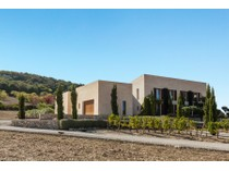 Villa for sales at Finca with incomparable style  Other Balearic Islands, Balearic Islands 07530 Spagna