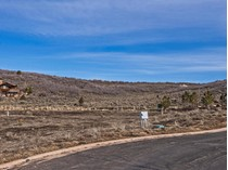 Terreno for sales at Great Deal on this Development Opportunity 3200 E Broken Spear Trl   Heber City, Utah 84032 Estados Unidos