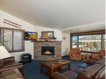 Condomínio for sales at Terrace House 95 65 Campground Lane 95   Snowmass Village, Colorado 81615 Estados Unidos