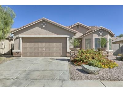 独户住宅 for sales at Model Perfection In The Golf Community Of The Villages At Queen Creek 22655 S Desert Hills Court   Queen Creek, 亚利桑那州 85142 美国
