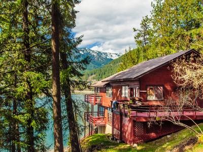 Maison unifamiliale for sales at Lake Pend Oreille Waterfront Home 13 E Baywood Lane Hope, Idaho 83836 États-Unis