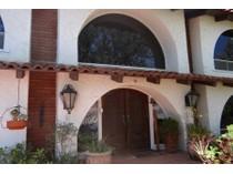 Maison unifamiliale for sales at 2679 Via Viejas    Alpine, Californie 91901 États-Unis