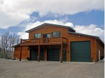 Einfamilienhaus for sales at Dell Creek 18.04 Acre Horse Property 176 Dell Creek Rd   Alpine, Wyoming 83128 Vereinigte Staaten