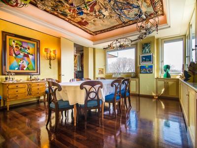 Appartamento for vendita at Apartment in a prestigious modern building Palestro / Via Marina Milano, Milan 20121 Italy