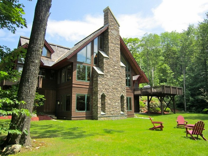 Einfamilienhaus for sales at Exceptional Mountain Retreat 40 East Ash Road Plymouth, Vermont 05056 Vereinigte Staaten