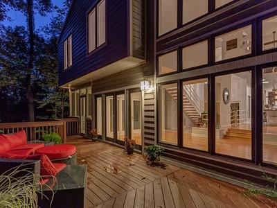 Частный односемейный дом for sales at 8837 Highway 100   Nashville, Теннесси 37221 Соединенные Штаты