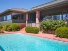 Tek Ailelik Ev for  sales at Elegant Ranch Style Sedona Home 135 Desert Holly   Sedona, Arizona 86336 Amerika Birleşik Devletleri