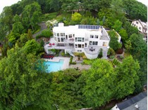 Einfamilienhaus for sales at California Dreaming 67 Highland Avenue   Montclair, New Jersey 07042 Vereinigte Staaten