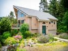 Maison unifamiliale for  sales at Stylish Beach Home 485 University Ave Manzanita, Oregon 97130 États-Unis