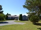 Casa para uma família for sales at Expansion Possibilities! 39 Bartlett Road Nantucket, Massachusetts 02554 Estados Unidos