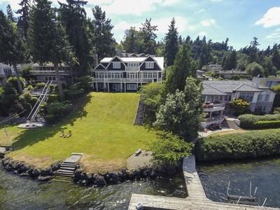 Casa para uma família for sales at Prosperity Point 8908 N Mercer Wy Mercer Island, Washington 98040 Estados Unidos