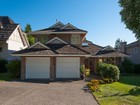 Moradia for sales at Upper Lonsdale Traditional 179 Monte Vista Court North Vancouver, Columbia Britanica V7N4N1 Canadá
