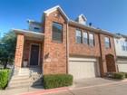 타운하우스 for  sales at 6120 Portrush Drive    Fort Worth, 텍사스 76116 미국
