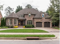 Casa para uma família for sales at Richmond Hill 8700 Valentine Court   Raleigh, Carolina Do Norte 27615 Estados Unidos