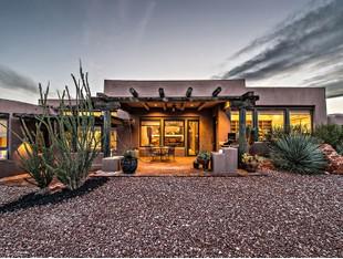 Villa for sales at Nature's Heaven 836 Evening Star Dr Ivins, Utah 84738 Stati Uniti