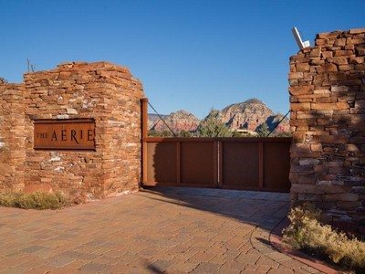 Terrain for sales at Aerie Lot 33 320 Aerie Rd Sedona, Arizona 86336 États-Unis