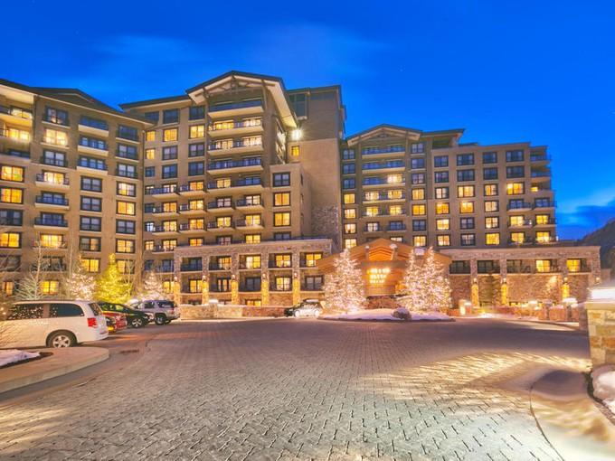 Piso for sales at St. Regis 11th Floor Penthouse 2300 Deer Valley Dr # 1102 Park City, Utah 84060 Estados Unidos