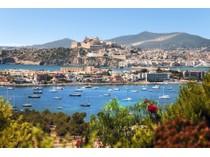 獨棟家庭住宅 for sales at Luxury Villa With Open Sea Views  Ibiza, 西亞特 07819 西班牙