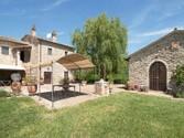 Villa for vendita at Antico convento nelle verdi colline umbre  Perugia,  06019 Italia