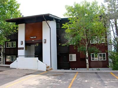 Condominium for sales at Cozy Ski Condo in Teton Village Tensleep B3 Teton Village, Wyoming 83014 United States