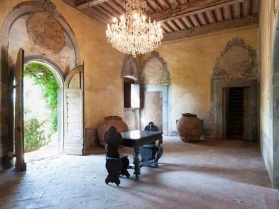 Exploitation agricole for sales at Farmhouse with main villa Cerreto Guidi  Cerreto Guidi, Florence 50050 Italie