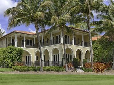 Moradia for sales at 13681 Deering Bay Drive  Coral Gables, Florida 33158 Estados Unidos