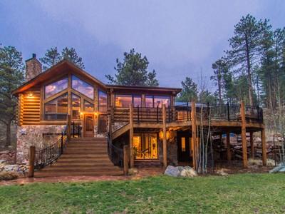 Maison unifamiliale for sales at 22811 Twin Ponds Trail 22811Twin Ponds Trail Morrison, Colorado 80465 États-Unis