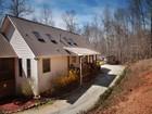 Single Family Home for  sales at Private Getaway 3617 Pea Ridge   Cornelia, Georgia 30531 United States