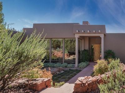 Nhà ở một gia đình for sales at Stunning Southwest Contemporary 145 Desert Holly  Sedona, Arizona 86336 Hoa Kỳ