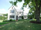 Einfamilienhaus for sales at Charming Edgewood Tudor 216 Nelson Road Scarsdale, New York 10583 Vereinigte Staaten