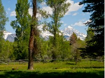 Land for sales at Bar BC Ranch 18 and 19 18/19 Bar BC Ranch   Jackson, Wyoming 83001 Vereinigte Staaten