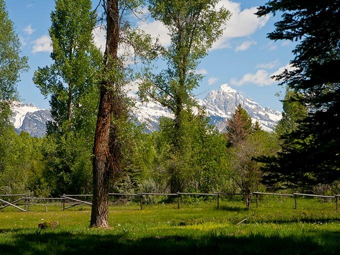 Terreno for sales at Bar BC Ranch 18 and 19 18/19 Bar BC Ranch   Jackson, Wyoming 83001 Estados Unidos