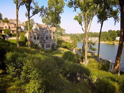 Appartement en copropriété for sales at Luxury Condominium 4 Thomas Place #4 Norwalk, Connecticut 06853 États-Unis