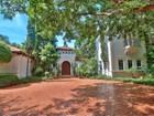 Maison unifamiliale for sales at 12650 SW 78 AVe  Pinecrest, Florida 33156 États-Unis