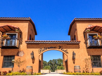 Nhà ở một gia đình for sales at Longwood, Florida 600 Palermo Vista Ct   Longwood, Florida 32750 Hoa Kỳ