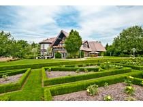 Fazenda / Quinta / Rancho / Plantação for sales at Exclusive Country Estate with Professional Riding Facilities    Other Rhineland-Palatinate, Renania-Palatinado 56727 Alemanha