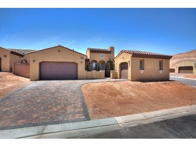 Einfamilienhaus for sales at 13 Durini  Henderson, Nevada 89011 Vereinigte Staaten