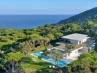 Single Family Home for  sales at Beautiful villa with Breathtaking views   Ramatuelle, Provence-Alpes-Cote D'Azur 83350 France