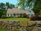 独户住宅 for  sales at Padanaram Classic Cape 12 Rockland Street  South Dartmouth, 马萨诸塞州 02748 美国
